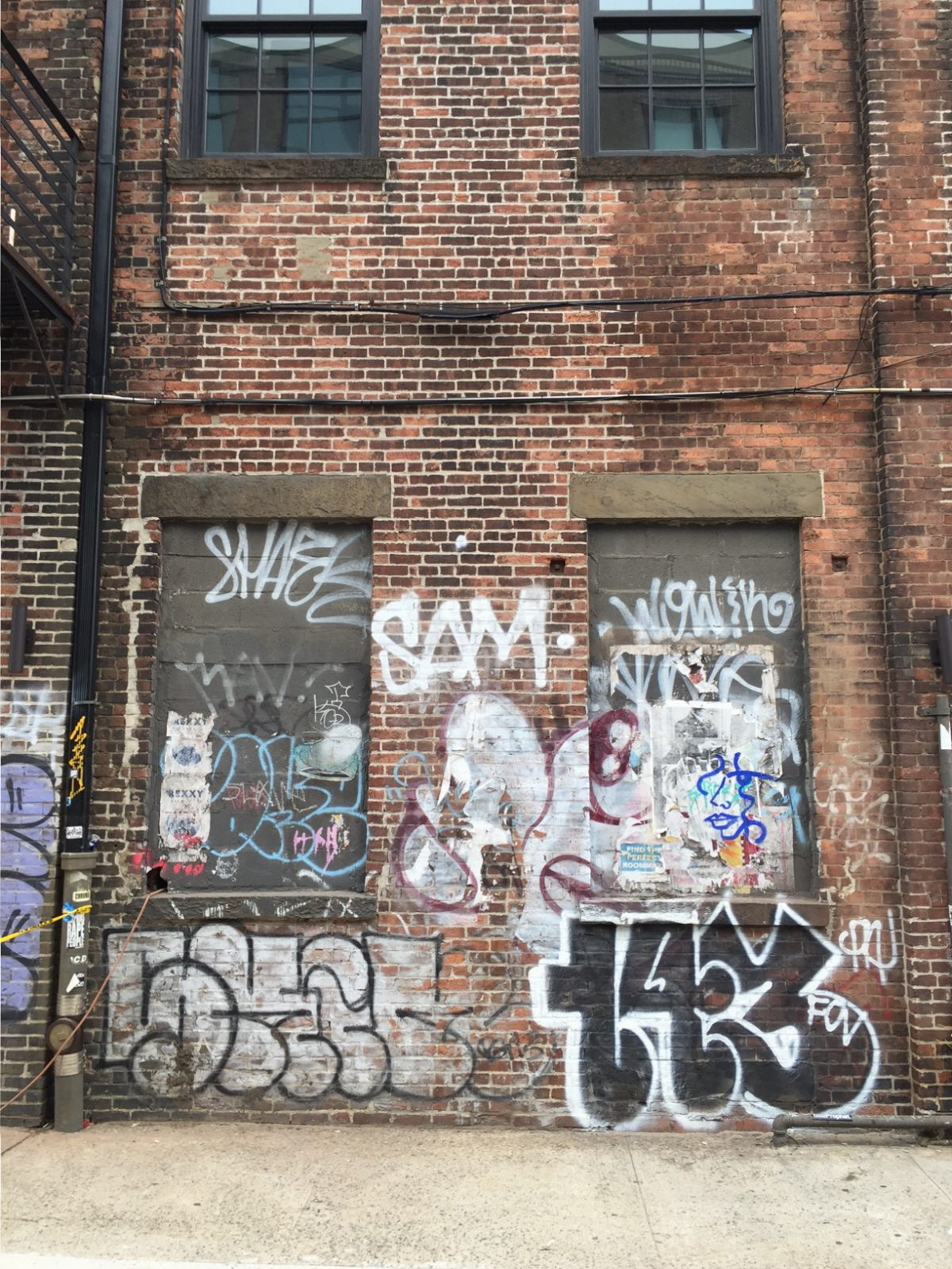 Graffiti and street art in new york is a controversial subject among many graffiti is unsanctioned by a government or property owner
