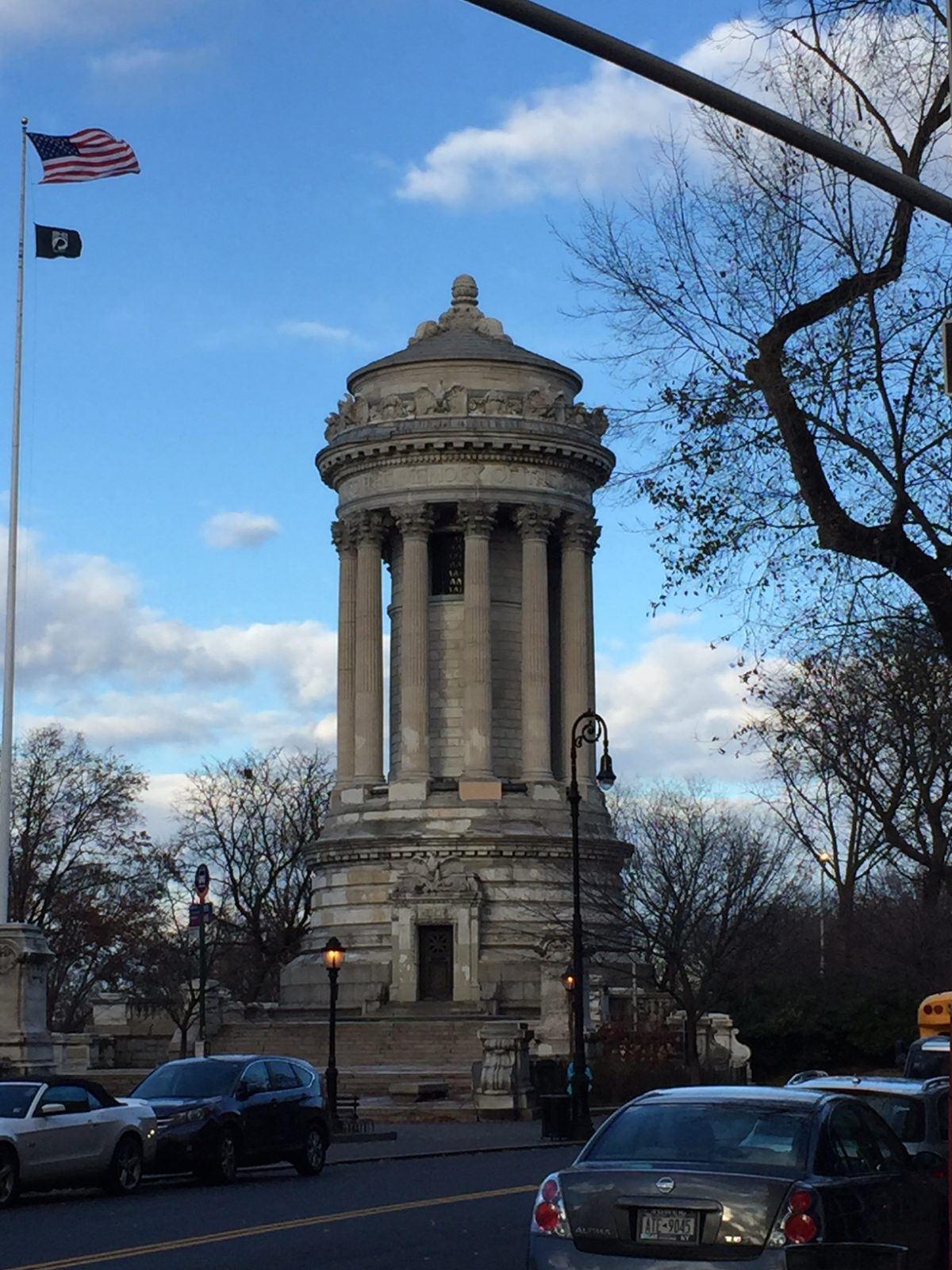 Soldiers' and Sailors' Monument of Manhattan